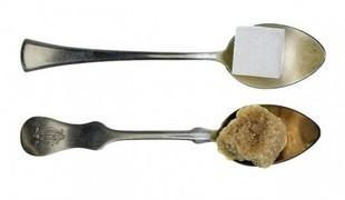Kupujesz brązowy cukier? Tylko niepotrzebnie przepłacasz...