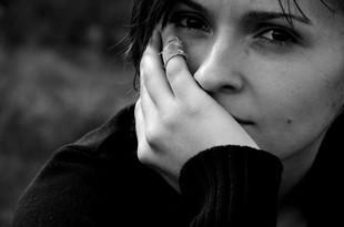 Przewlekły stres w pracy uszkadza mózg