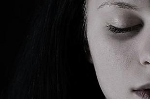 10 rzeczy, które sprawiają, że nie czujesz się szczęśliwa