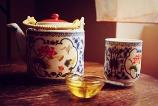Miód z czosnkiem - poznaj hinduską herbatę i spal tłuszcz z brzucha!
