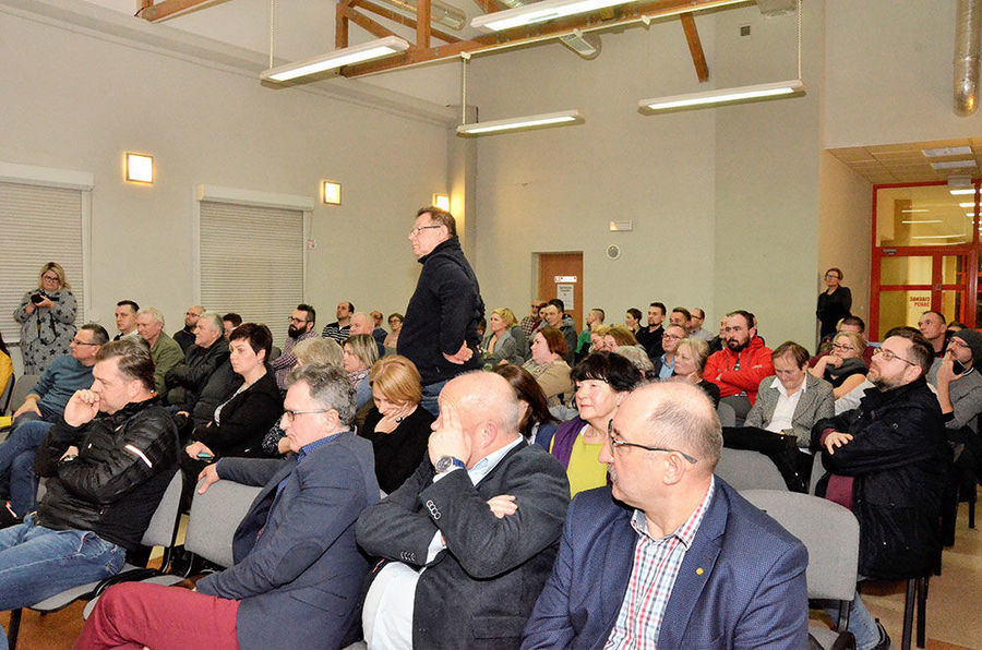 Debata z mieszkańcami w sprawie wytwórni masy bitumicznej