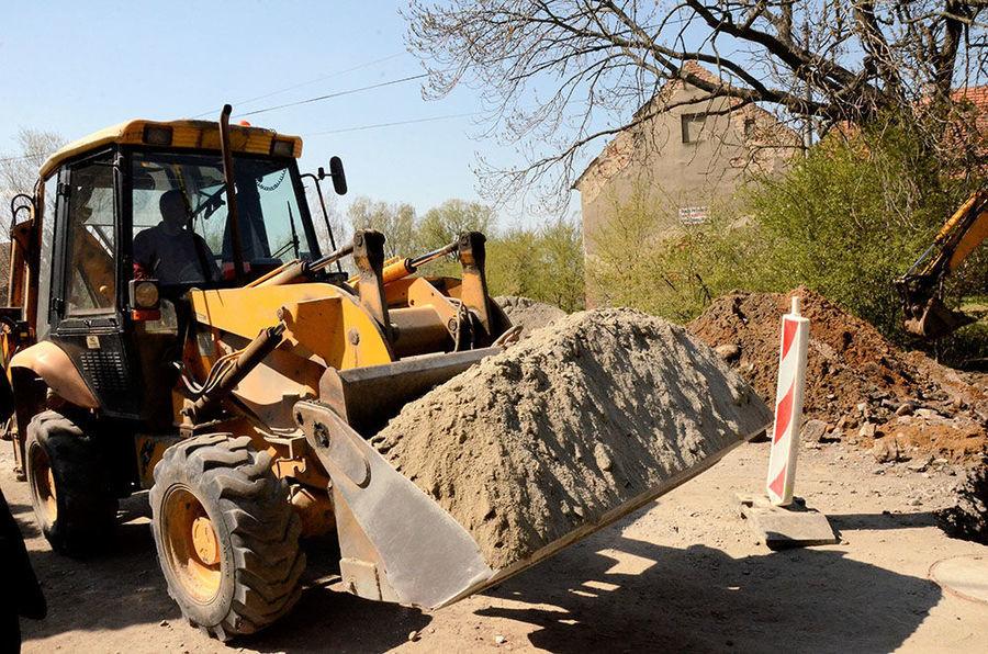 Budowa kanalizacji w Kalnie