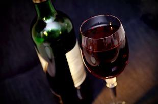 Jak dobrać właściwe wino?