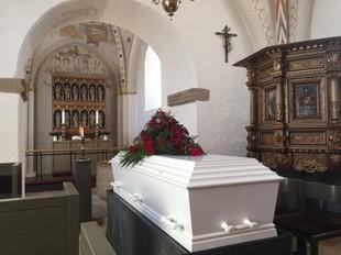 Czy wiesz, co się stanie z twoim kontem na Facebooku kiedy umrzesz?