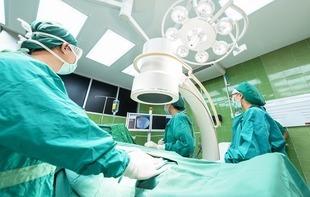 Jak starać się o odszkodowanie za błąd w sztuce lekarskiej?