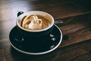 Dodaj te 3 składniki do kawy, a schudniesz bez głodu i diety!