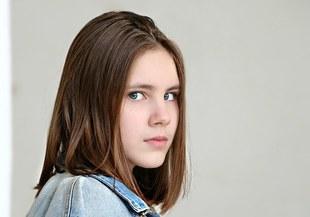 Przemoc ze strony kolegów z klasy powoduje fobię szkolną