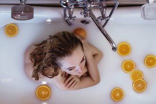 Jak myć suchą skórę?