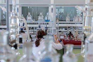 Jakie choroby grożą nam w pracy? Kto jest w największej grupie ryzyka?
