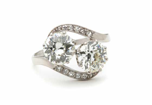 Jak wygląda pierścionek za 100 tysięcy złotych