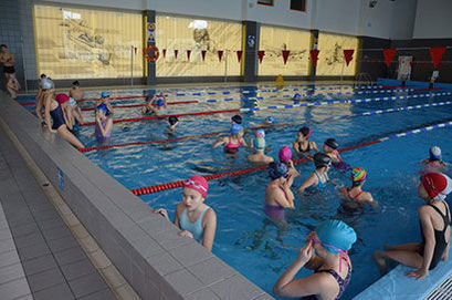 VI Mistrzostwa Gminy Żarów Szkół w Pływaniu