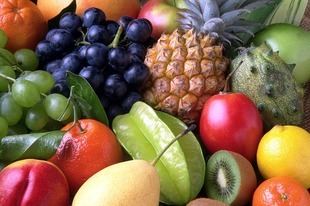 Chcesz schudnąć? Zapomnij o sokach i owocach!