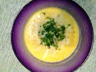 Pyszny krem z dyni z serem i imbirem