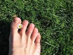Sposoby na wrastający paznokieć