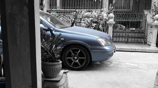 Nissan glut i Mazda dziwka