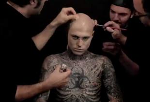 Jak ukryć tatuaż? Najlepsza reklama na świecie!