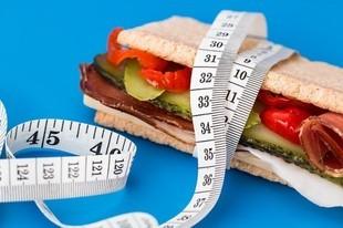 Schudnij bez diety i ćwiczeń. Kilka prostych zasad
