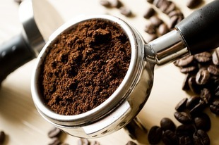 Czy kawa odwadnia?