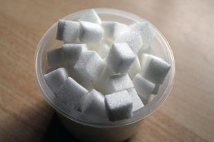 Jak uzależnia cukier?
