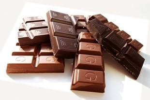 Jedzenie czekolady odchudza!