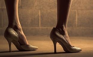 Jak wytrzymać w butach na obcasach?