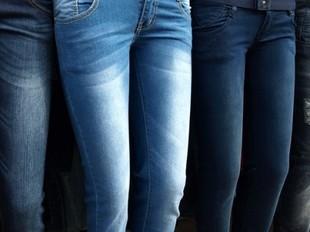 Dlaczego spodnie z wysokim stanem są przebojem tego sezonu?