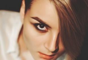 Podkreślanie brwi podstawą nowoczesnego makijażu