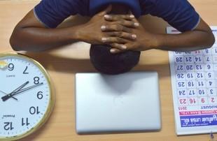 Stres powakacyjny - jak wrócić do pracy po urlopie?