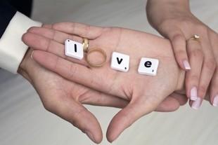 Małżeńskie finanse, czyli miłość bez dostępu do karty kredytowej