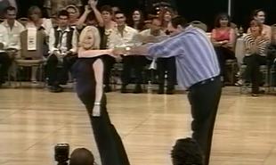 I kto powiedział, że grubi faceci nie mogą tańczyć?