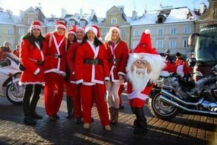 Pomóż motocyklistom przygotować paczki dla dzieci!