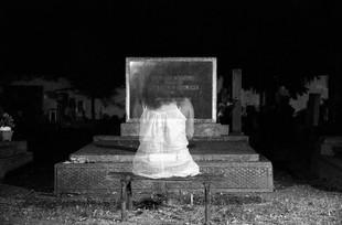 Odwiedził mnie w nocy zmarły mąż przyjaciółki...