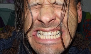 Kiedy bolą zęby od zimnego powietrza?
