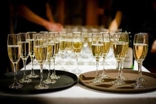 Trudne spotkania dla trzeźwiejących alkoholików