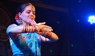 Młodsza w kwadrans - zdradzamy tajemnicę urody Hindusek