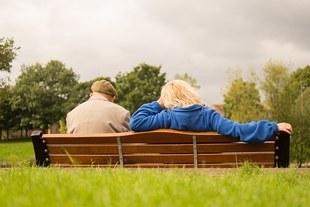 Staż pracy może warunkować prawo do emerytury. Jak rozwiązać problem groszowych emerytur?