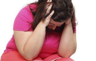 Otyłe kobiety czują się nieszczęśliwe