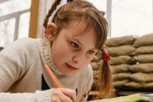 UNICEF: 200 000 dzieci we wschodniej Ukrainie wymaga wsparcia psychologicznego