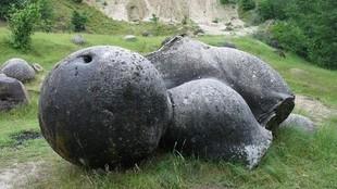 Trowanty - tajemnicze kamienie, które rosną i żyją