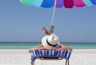 Plażowe rozterki – prawdy i mity na temat opalania
