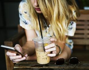 Nowe smartfony - w czym ułatwiają nam życie?