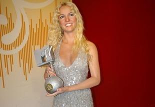 Britney Spears wyjawiła prawdę o Illuminati? Ledwo przeżyła ich karę...