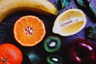 Odchudzasz się? Sprawdź, które owoce pójdą ci w biodra!