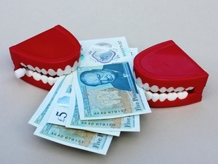 Czy można wypłacić pieniądze z OFE w przypadku rozwodu? Zobacz, jak to działa.