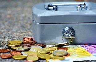 Finanse pod kontrolą. Jak zarządzać budżetem na wakacjach?