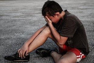 Nie bagatelizuj tego, że twoje dziecko stresuje się szkołą. To może mieć bardzo negatywne skutki
