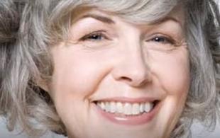 Fryzury dla kobiet 50 plus