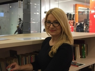 Daj żyć książce - w lubelskim Olimpie powstało miejsce, z którego możesz zabrać do domu książkę