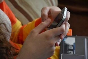 Czy przesiadywanie na Facebooku może wpędzić w depresję?
