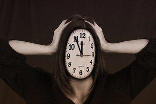 Jak efektywnie zarządzać sobą w czasie – 8 praktycznych porad